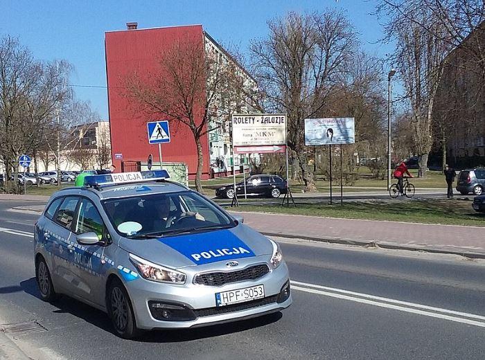 Policja Świętochłowice: Przejście dla pieszych nie jest miejscem do zawracania samochodem